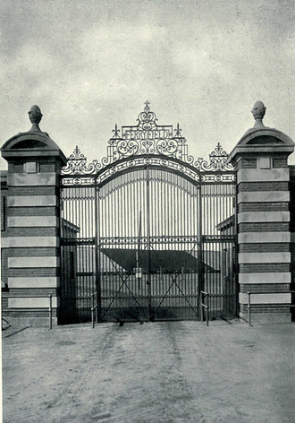 Ferry Field - Ornamental gate designed by Albert Kahn Architects of Detroit, as seen in 1913