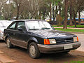 Ford Escort LX 1989 (14699827703).jpg
