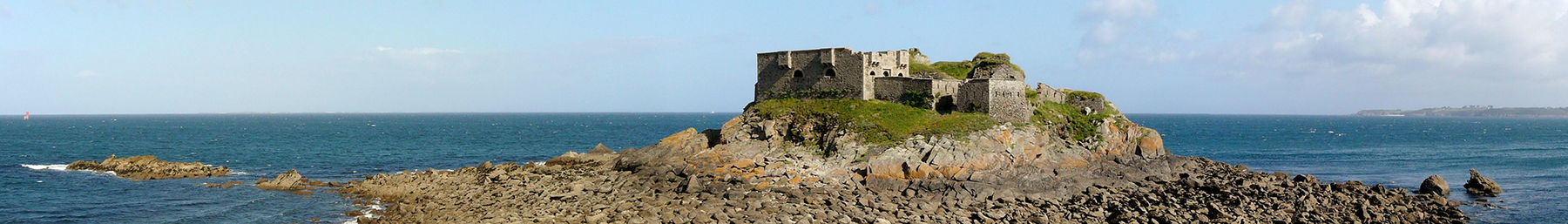 Fortress of the Îlette of Kermovan, in municiplaity of Le Conquet (Finistère)