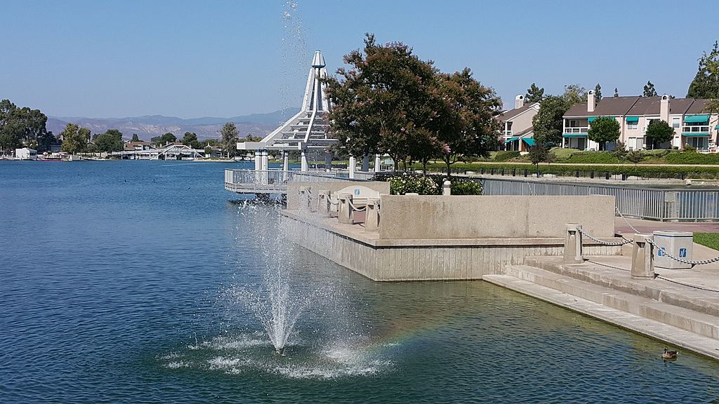 Fountain of South Lake at Irvine, California