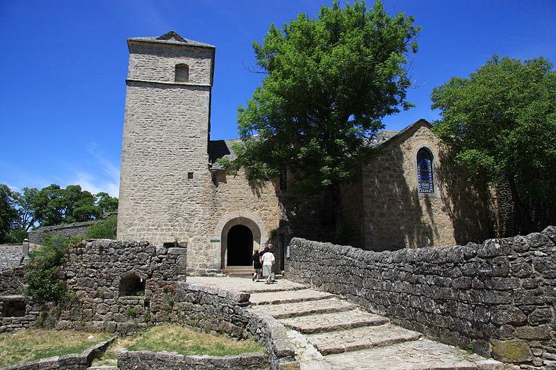 File:France Aveyron la Couvertoirade Eglise 02.jpg