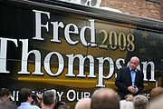 Thompson and his campaign bus in Iowa, 2007.