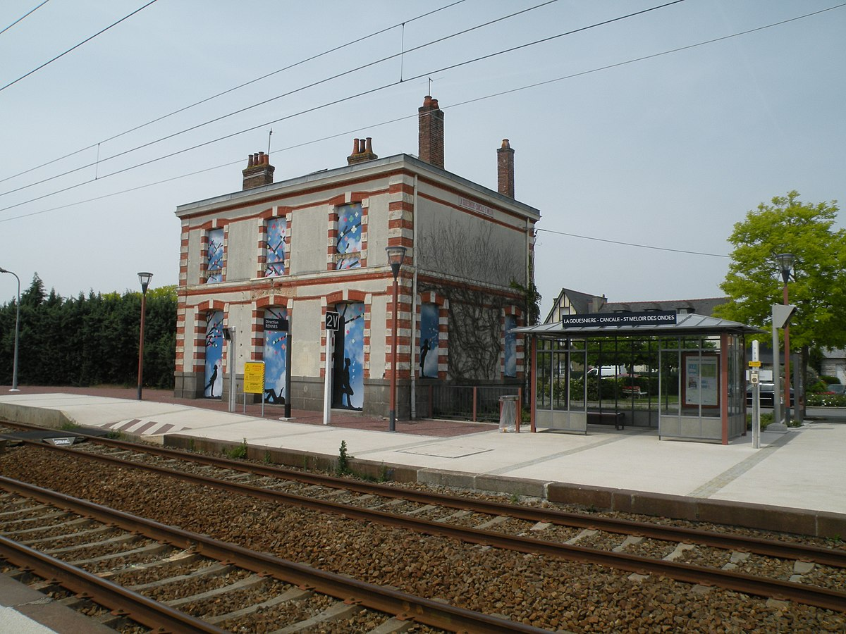 Gare de la gouesni re cancale saint m loir des ondes for Garage de la gare bretigny