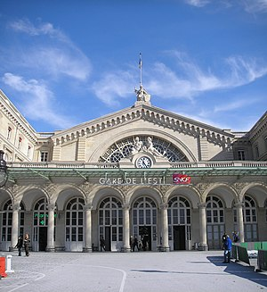 Gare de l'Est - Detail of the main entrance