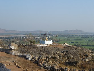 Gayasisa or Brahmayoni Hill, is where Buddha taught the Fire Sermon. Gayasisa1.jpg