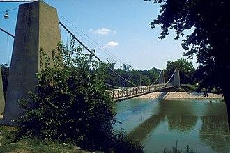 General Dean Suspension Bridge - The General Dean Suspension Bridge, ca. 2000