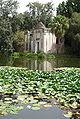 Giardino inglese Reggia Caserta false rovine laghetto f05.jpg