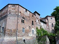 Giarole-castello1.jpg