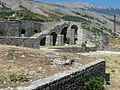Gjirokastër Festung - Wälle 1.jpg