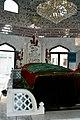 Grave in Shrines of Khari Shareef 1.jpg