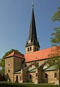 Gross Ammensleben Kirche 1.jpg
