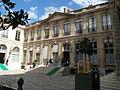 Hôtel de Roquelaure cour 2.JPG