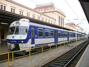 Zagreb Glavni kolodvor - Image: HŽ 6111 serie
