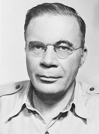 Hubertus van Mook - Image: H.J.J van Mook. Luitenant gouverneur generaal van Nederlands Indië (1947)