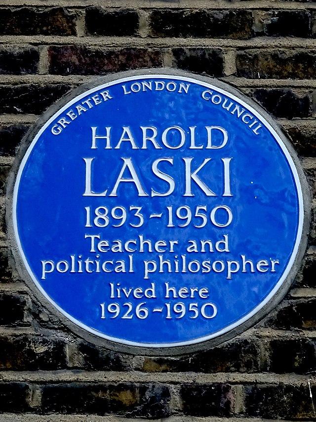 Harold Laski blue plaque - Harold Laski 1893-1950 teacher and political philosopher lived here 1926-1950