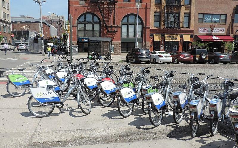 File:HBS overcrowd at Hoboken Station jeh.JPG