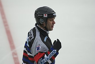 Referee - Referee in bandy