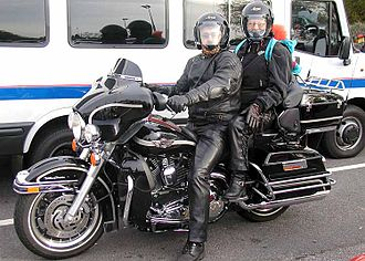 """Harley-Davidson FL - Electra Glide Ultra Classic. This is based on the Tour Glide frame, but uses the Electra Glide fork-mounted """"batwing"""" fairing"""