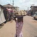 Hawking of local eko akamu at local itoku market 07.jpg