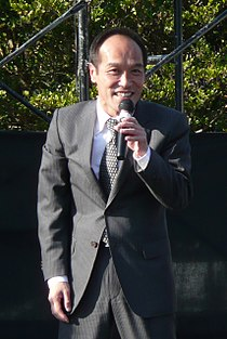 Hideo Higashikokubaru 2007 1216.jpg