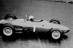 Phil Hill i en Ferrari 156 vid Tysklands Grand Prix 1962.