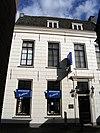 foto van Hoog middeleeuws huis