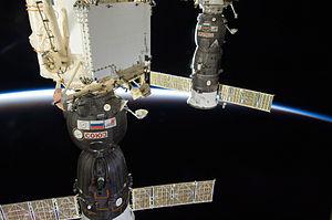 ISS-30 Soyuz TMA-03M and Progress M-13M.jpg