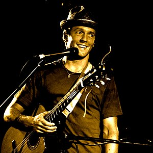 Jason Mraz - Mraz performing in Melbourne as part of his world tour in 2008