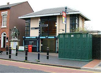 Jewellery Quarter station - Image: Jewellry Quarter railway station front Birmingham 2005 10 14