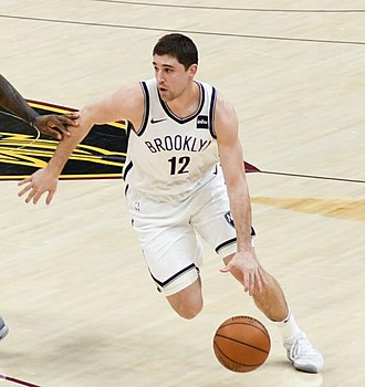 Joe Harris (basketball) - Harris with the Nets in 2018.