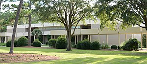 College of Coastal Georgia - Image: Jones Building, CCGA, Brunswick, GA, US