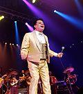 Juan Gabriel --- Pepsi Center --- 09.26.14 (cropped)