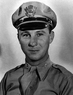 Kenneth M. Taylor World War II pilot and flying Ace (1919–2006)