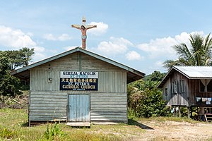 Beluran District - Image: Kg Bouto Sabah Gereja Katolik St Peter 01
