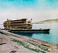Krátký, F. - Nižní Novgorod - plovoucí hotel (1896).jpg