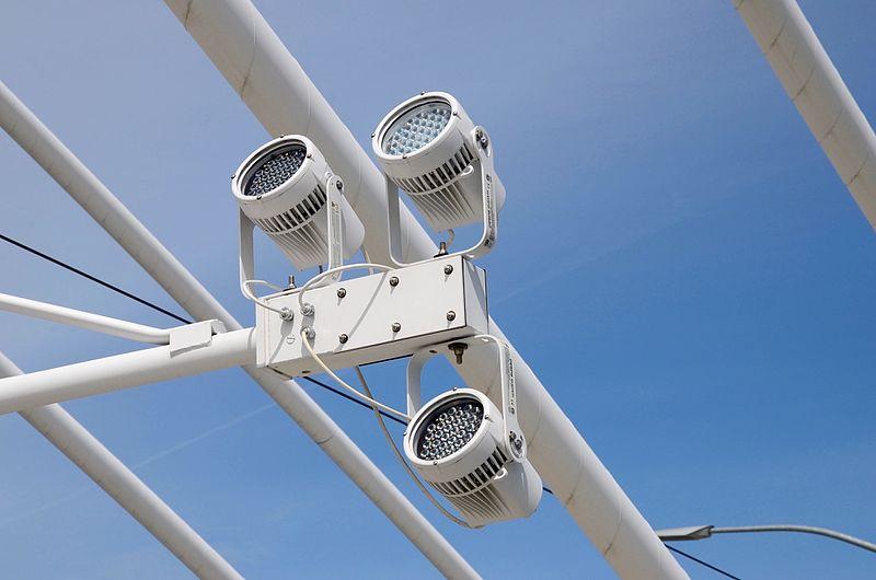 File:LED lighting modules of Tilikum Crossing - Portland, Oregon.jpg