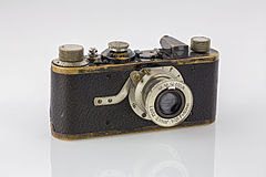 LEI0060 186 Leica I Sn.5193 1927 Originalzustand Front top view second Version-FS 5661-Bearbeitet.jpg