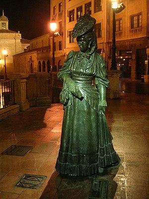 La regenta - Statue dedicated to La Regenta in Oviedo