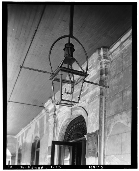 File:Lantern in courtyard. May 1936. - The Cabildo, 711 Chartres Street, New Orleans, Orleans Parish, LA HABS LA,36-NEWOR,4-13.tif