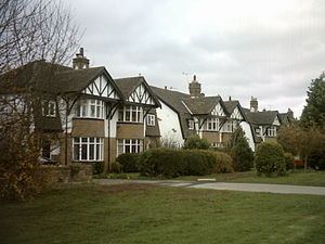 Lawnswood - Private semi-detached houses in Lawnswood