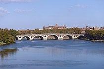 Le Pont-Neuf de Toulouse.jpg