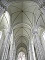 Le Puy-Notre-Dame (49) Collégiale 08.JPG