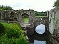 Leeds Castle Moat and Bridge - panoramio (1).jpg