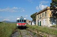 Lercara Friddi - stazione ferroviaria di Lercara Bassa - ALn 668.jpg
