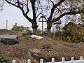 Linden mit Kruzifix an der Klostersteige.jpg