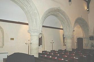Little Faringdon - St Margaret's parish church: Norman arcade of south aisle