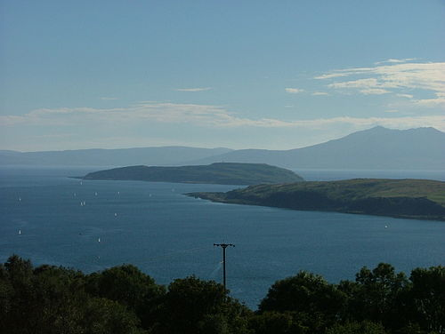 Little Cumbrae seen from the Haylie Brae on the mainland. Note Great Cumbrae in the foreground at the right and Arran beyond. Little Cumbrae.JPG