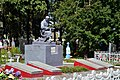 Liubeshiv Volynska-brotherly grave of soviet warriors&partisans-general view.jpg