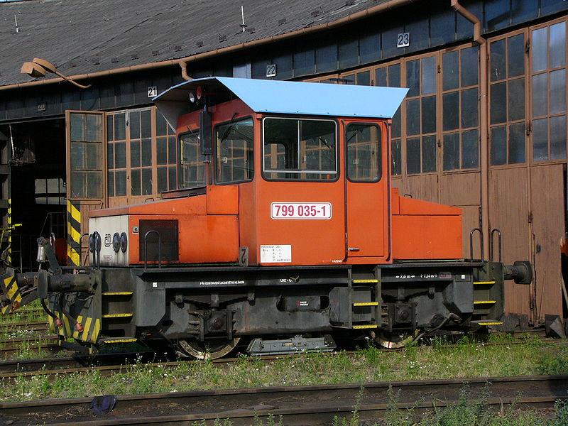 800px-Lokomotiva_799_035-1.jpg