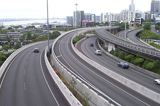 Central Motorway Junction - View over the northern section of the CMJ, showing ramps and links, from Hopetoun Street Bridge